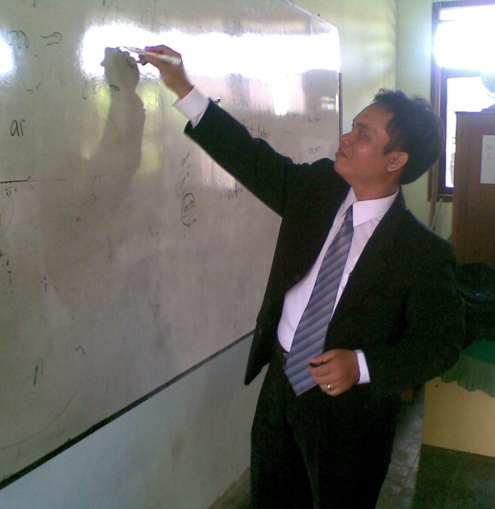 Prinsip Pengembangan dan Pendidikan Profesi Guru