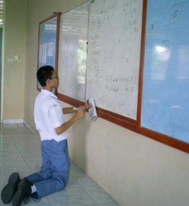 Karakter dalam Pembelajaran Fisika